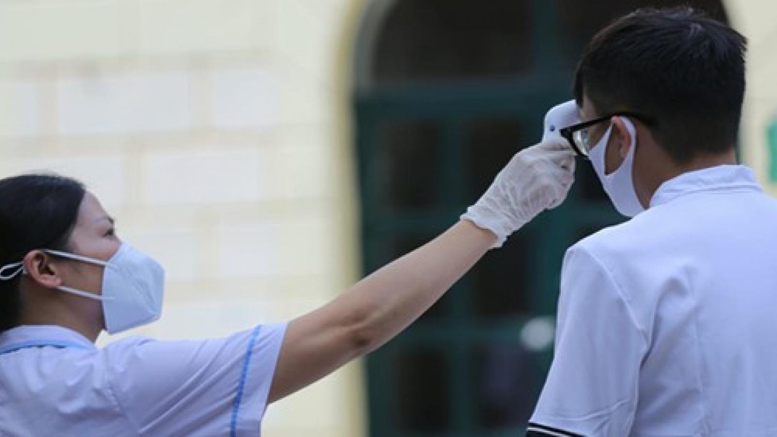 Đắk Nông: Xét đặc cách tốt nghiệp 1 thí sinh đang cách ly y tế