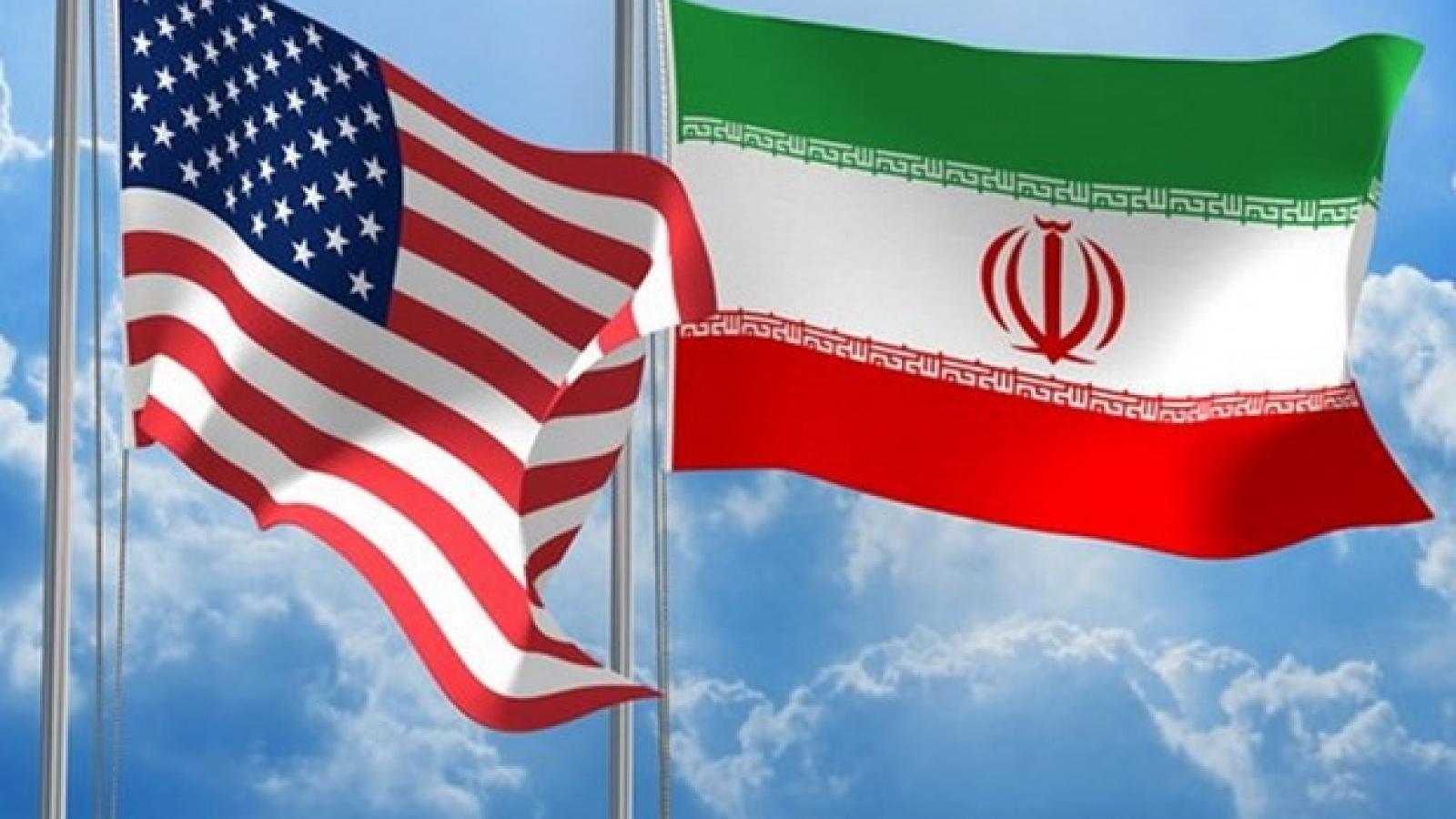 Tổng thống Trump tuyên bố sẽ đơn phương tái áp đặt trừng phạt Iran