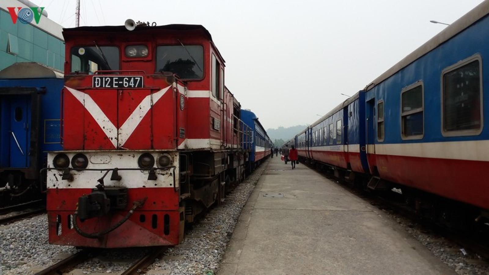Đôi tàu du lịch SP3, SP4 chạy Hà Nội – Lào Cai một lần nữa phải dừng do Covid-19