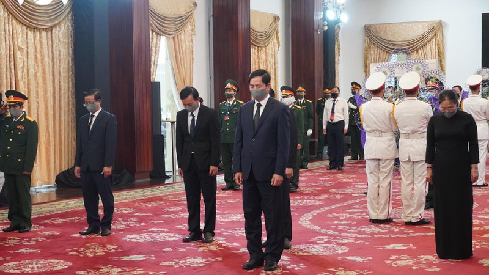 Ảnh: Lễ viếng nguyên Tổng Bí thư Lê Khả Phiêu tại TPHCM
