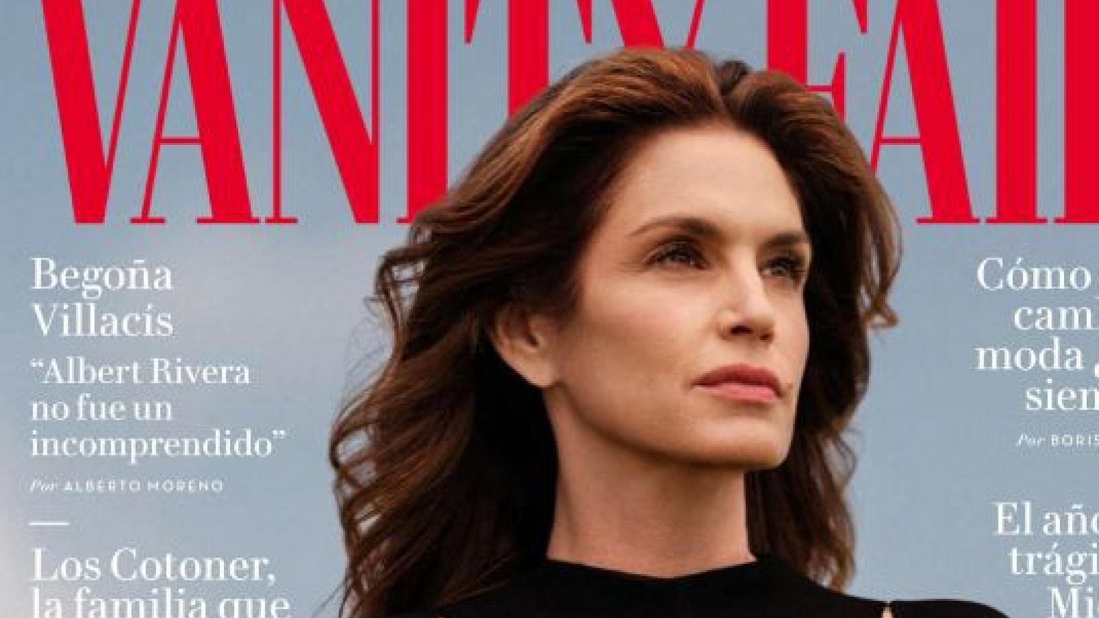 Siêu mẫu Cindy Crawford đẹp mặn mà trên trang bìa tạp chí