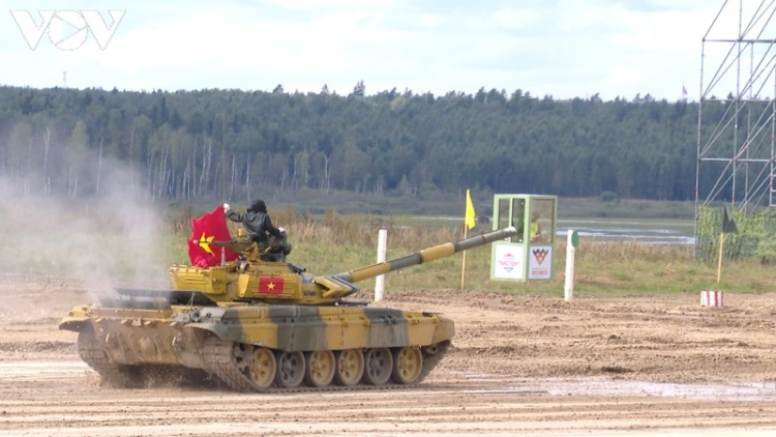 Đội tăng Việt Nam vào bán kết cuộc thi Tank Biathlon 2020