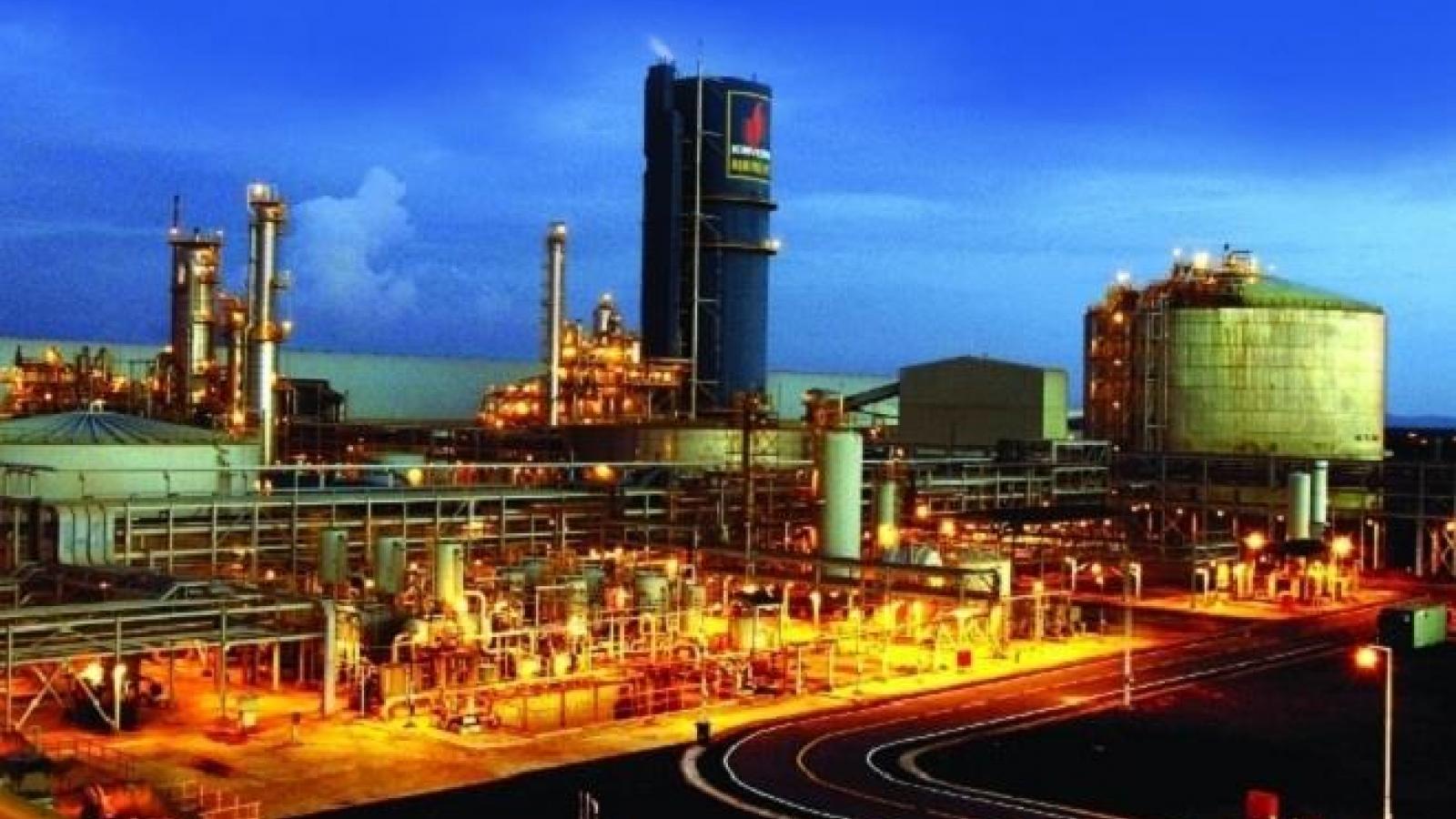 """Nhà máy Đạm Phú Mỹ - """"Đứa con đầu lòng"""" của ngành hóa dầu Việt Nam"""