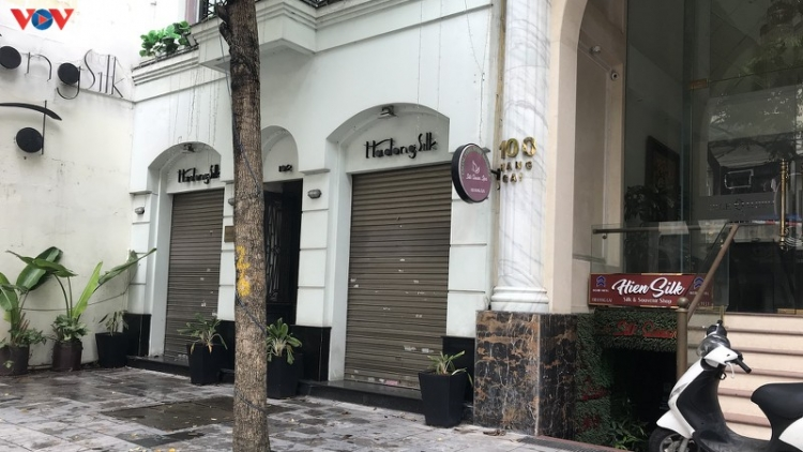 Hanoi's Old Quarter businesses bear brunt of COVID-19 impact