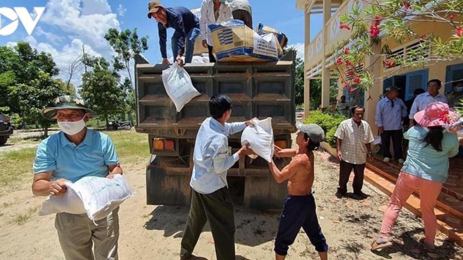 Hỗ trợ cộng đồng người gốc Việt tại Campuchia trong dịch Covid-19
