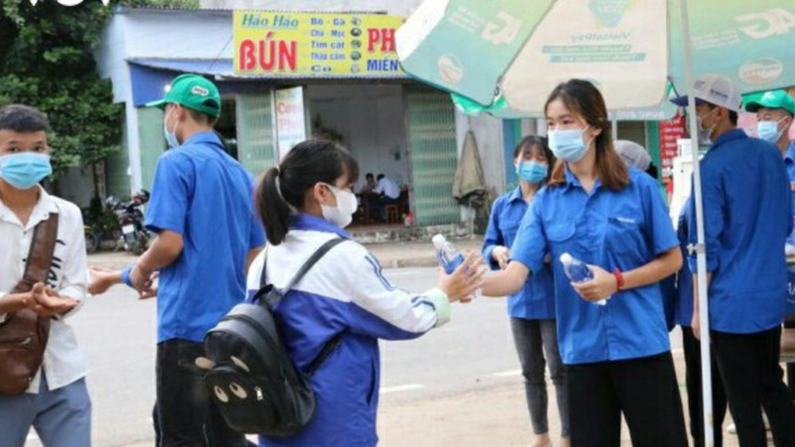 Suất ăn miễn phí tiếp sức thí sinh ở huyện biên giới Sốp Cộp, Sơn La