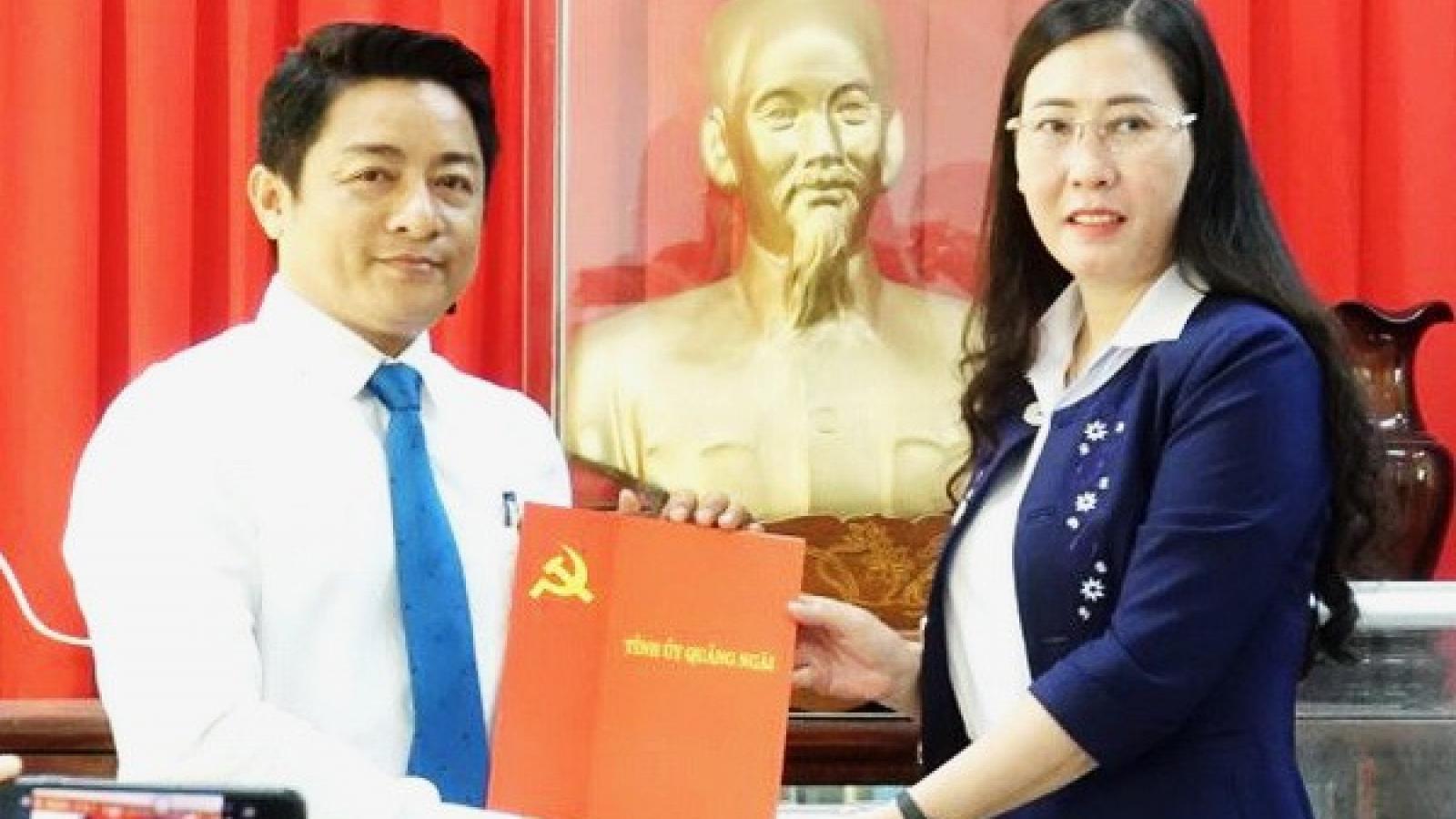 Điều động Chánh Văn phòng UBND tỉnh Quảng Ngãi làm Bí thư Huyện ủy