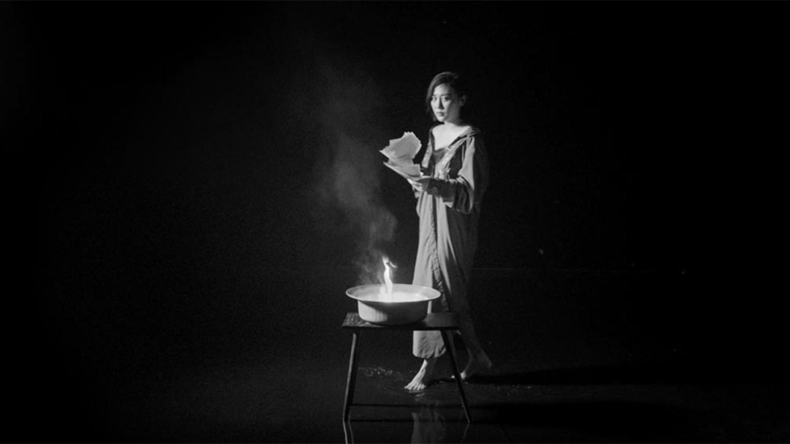 Văn Mai Hương ra MV độc, lạ dành riêng cho tháng cô hồn