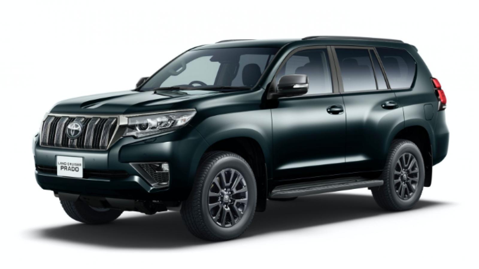 Toyota Land Cruiser Prado thêm sức mạnh và phiên bản màu đen