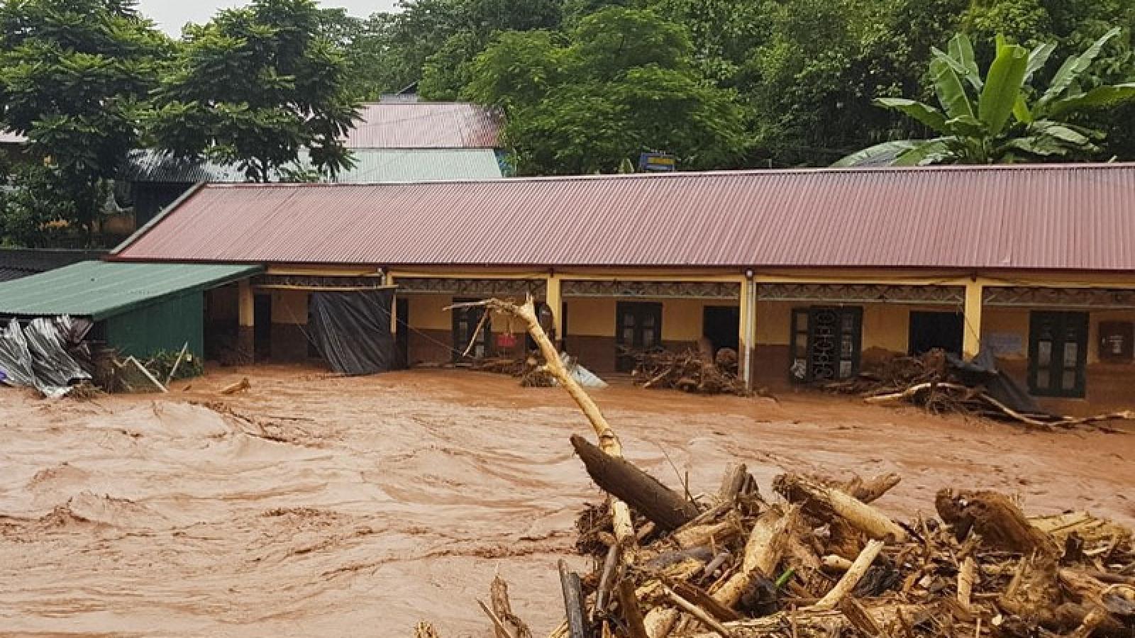 Điện Biên tập trung khắc phục hậu quả trận lũ quét tại Nậm Nhừ