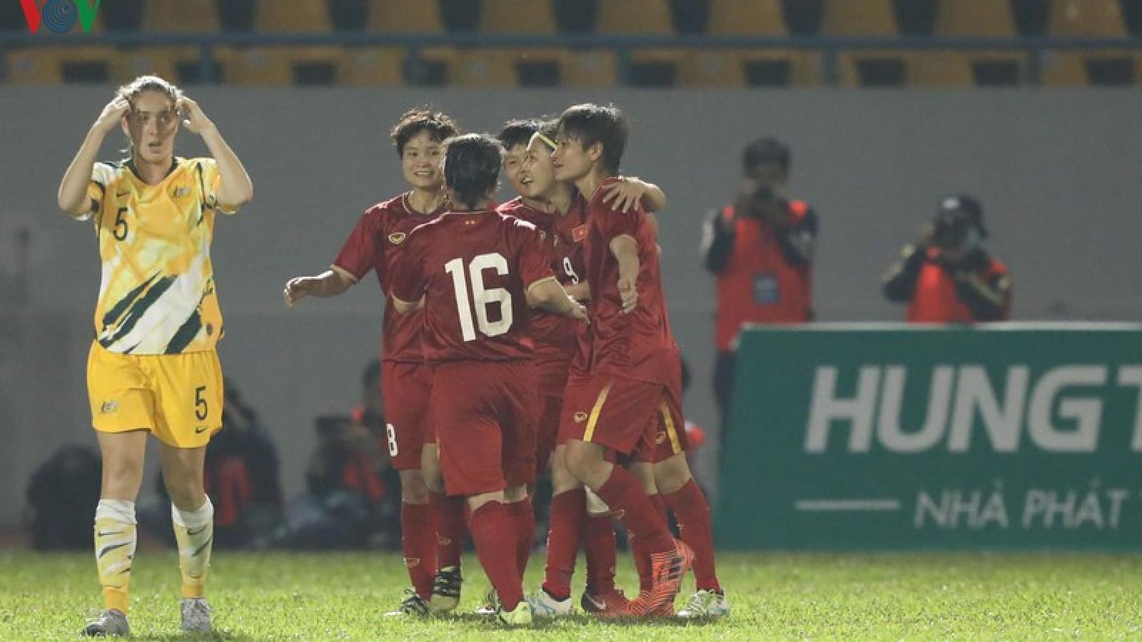 ĐT nữ Việt Nam tiếp tục bỏ xa Thái Lan trên BXH FIFA