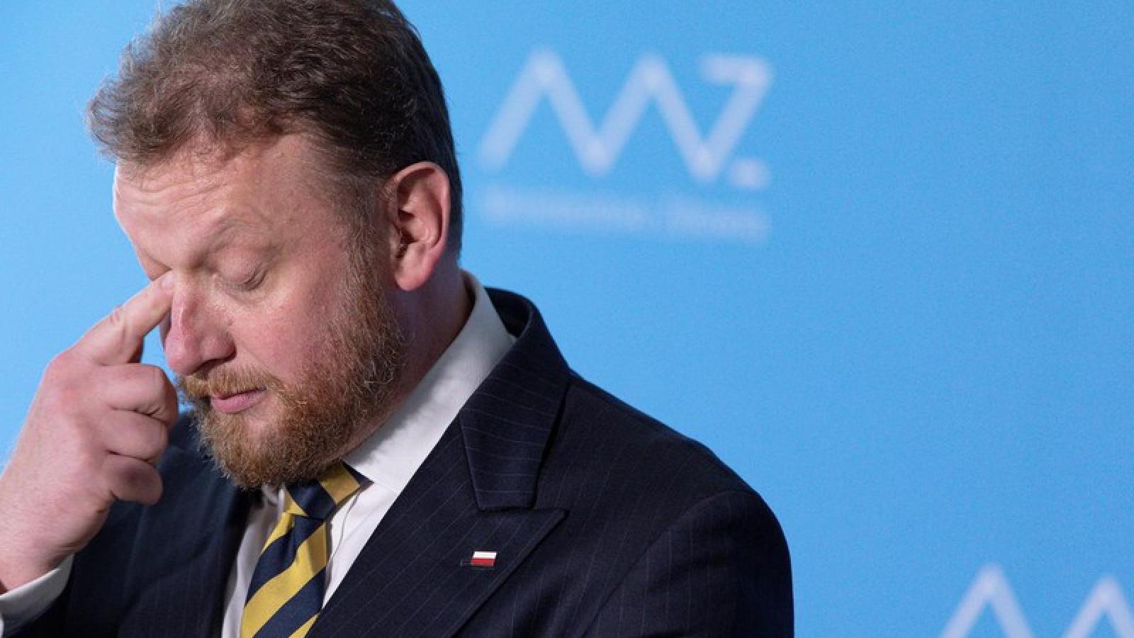 Vướng bê bối mua vật tư y tế phòng Covid-19, Bộ trưởng Y tế Ba Lan từ chức