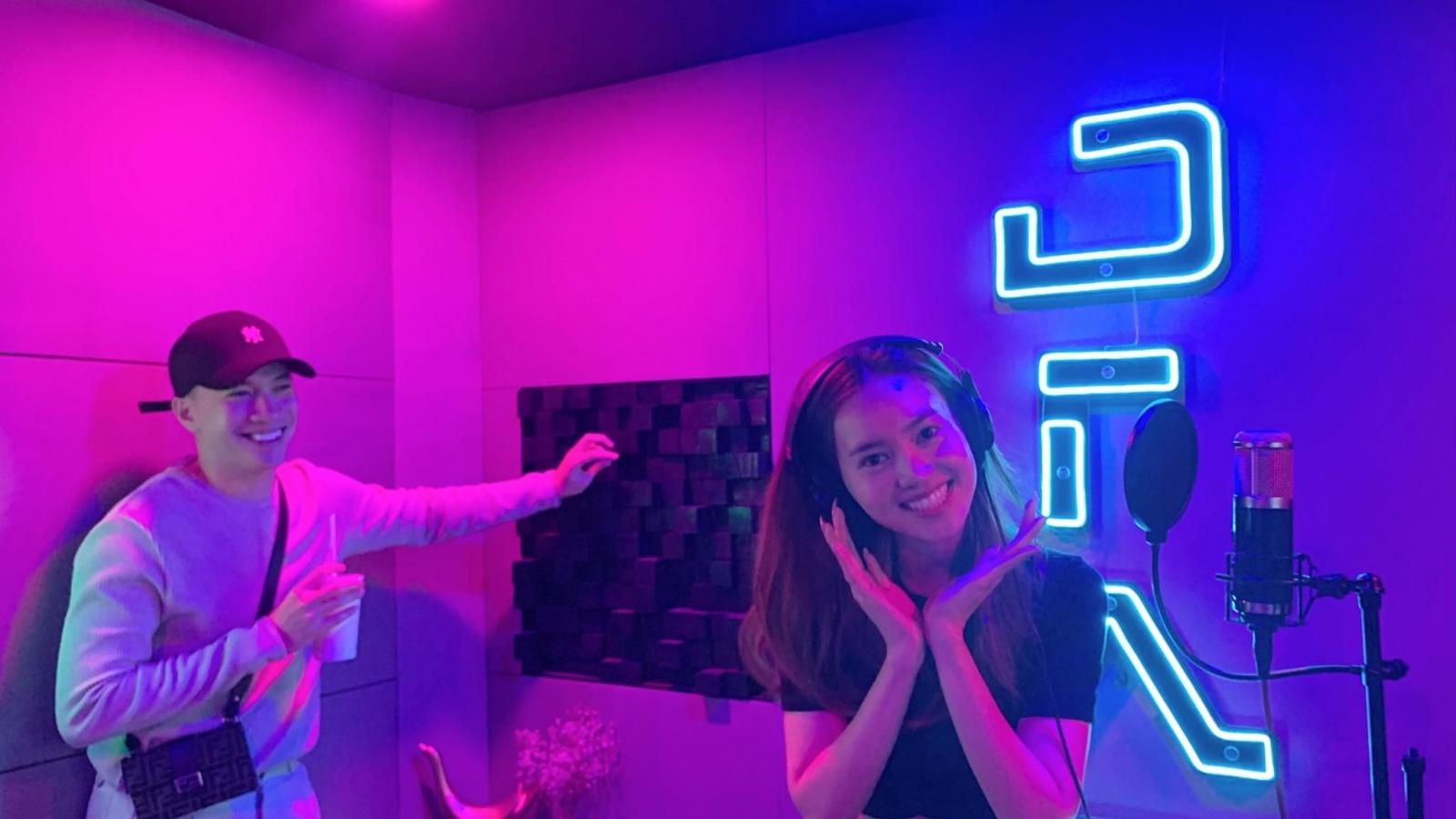 Hé lộ cát-xê của Ninh Dương Lan Ngọc khi đọc rap cho MV của S.T Sơn Thạch