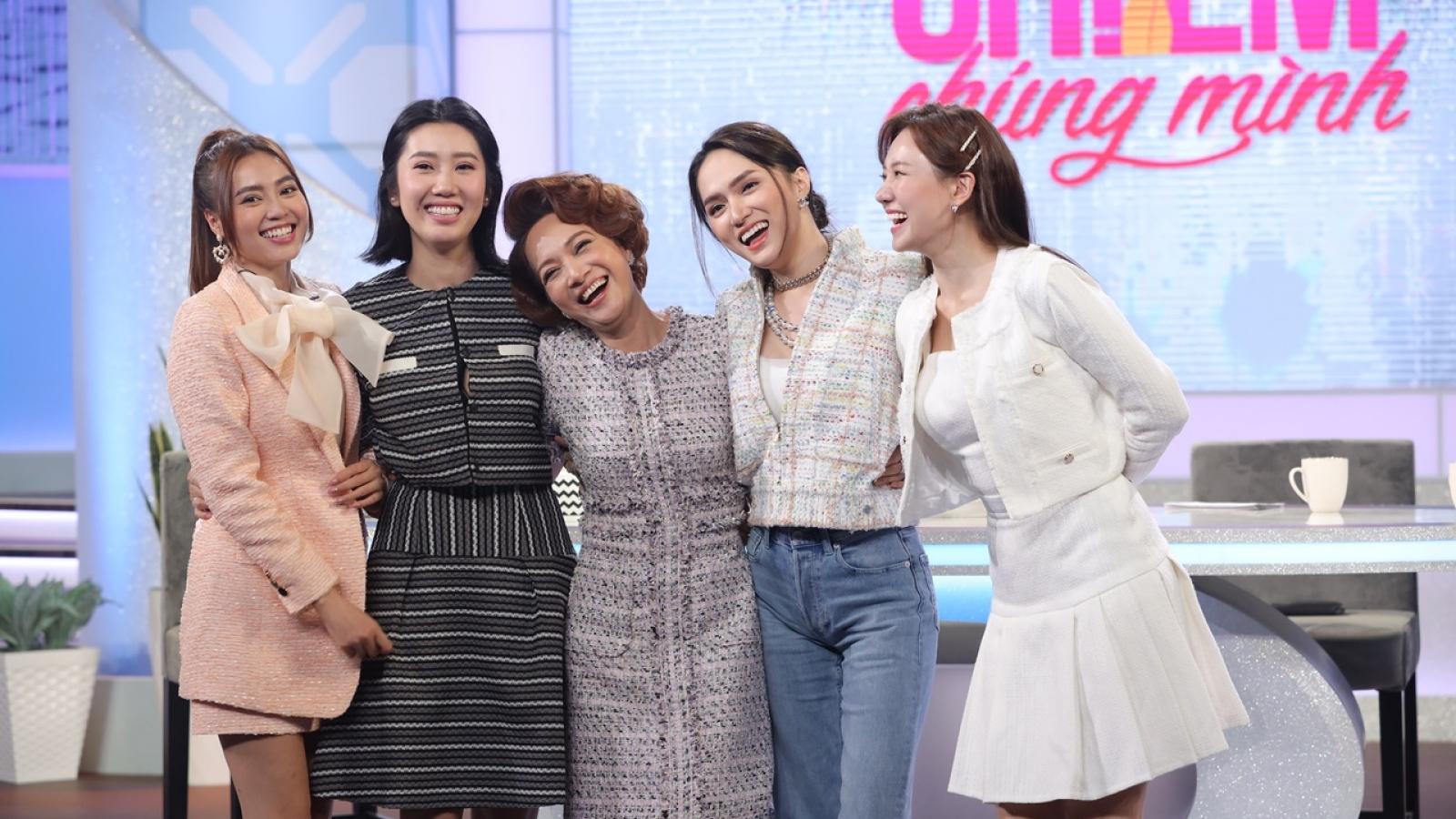"""Hương Giang, Hari Won tiết lộ 3 quy tắc quan trọng của """"hội chị em"""""""