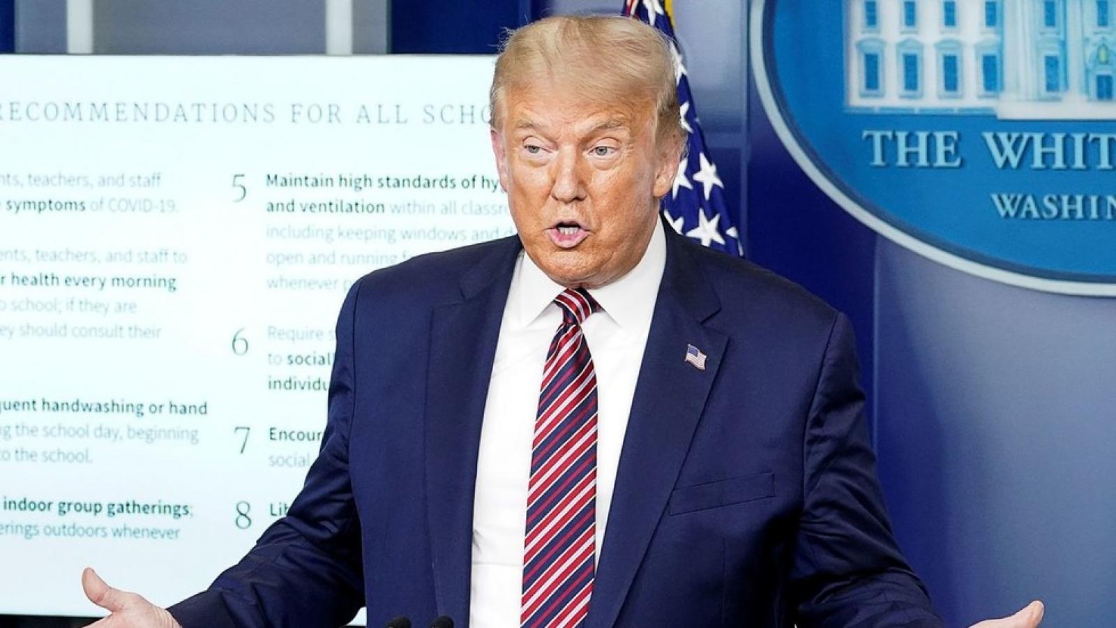 """Biden đề nghị đeo khẩu trang bắt buộc, Trump phản bác """"người Mỹ phải có tự do"""""""