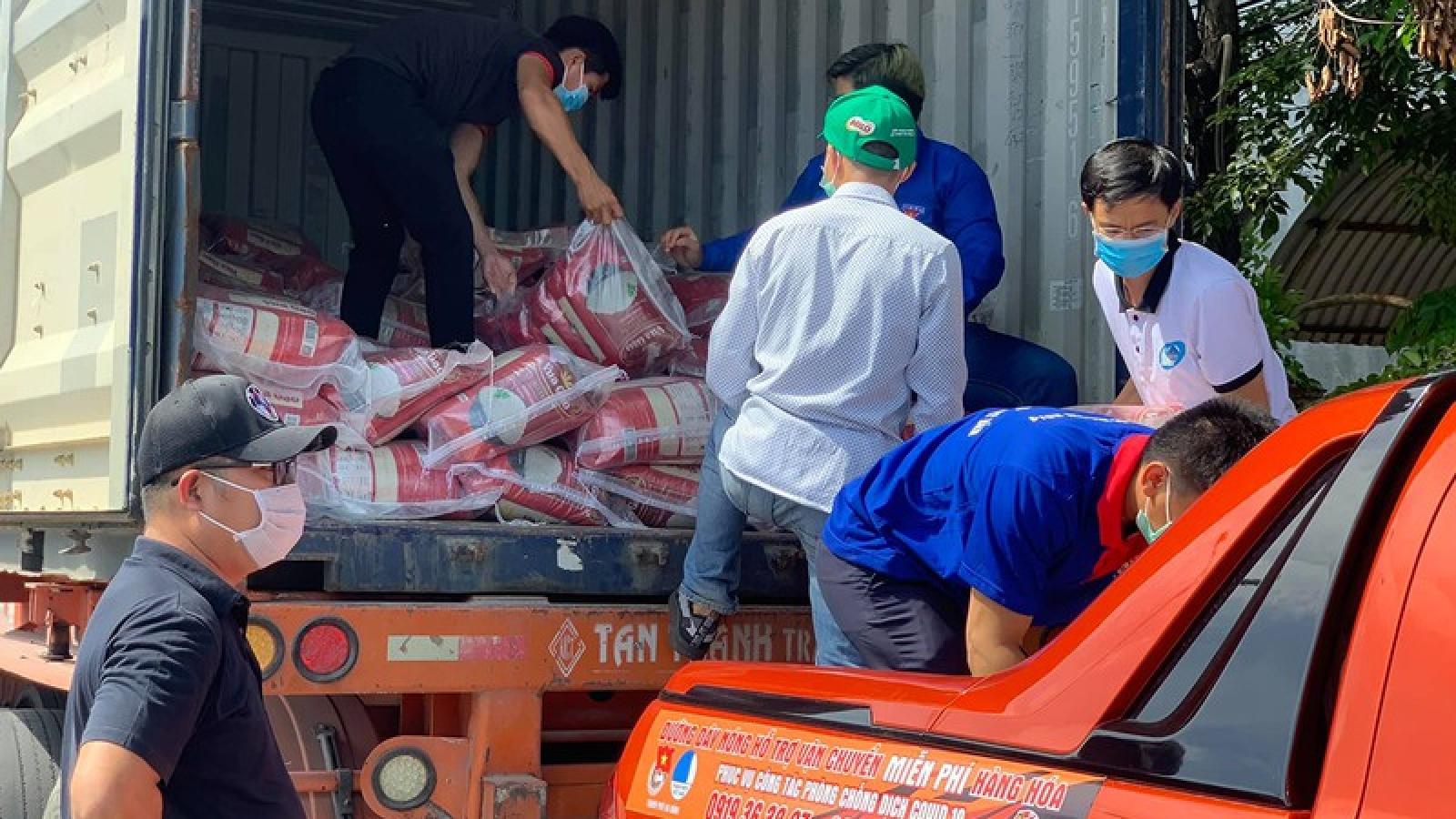 Đà Nẵng hỗ trợ gạo, nhu yếu phẩm cho người dân gặp khó khăn do Covid-19