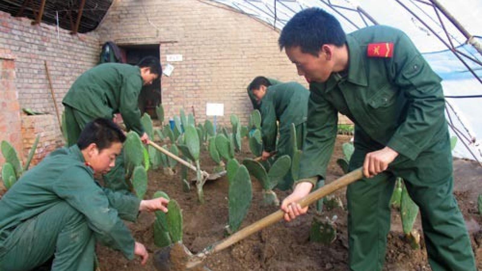 Mỹ trừng phạt thêm đại công ty của Trung Quốc liên quan Tân Cương