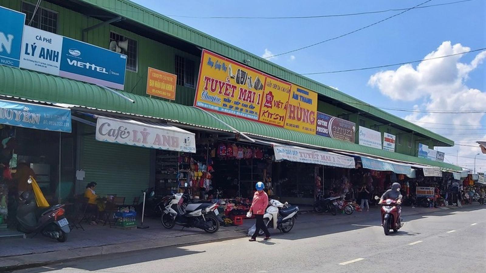 Cách chức Chủ tịch thị trấn Cái Nước (Cà Mau) vì sai phạm trong xây dựng chợ