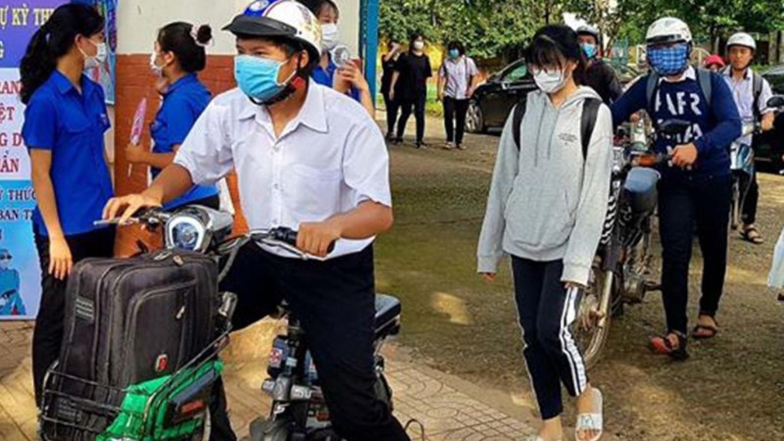 Giám thị chủ quan, 1 thí sinh ở Bình Phước phải thi lại