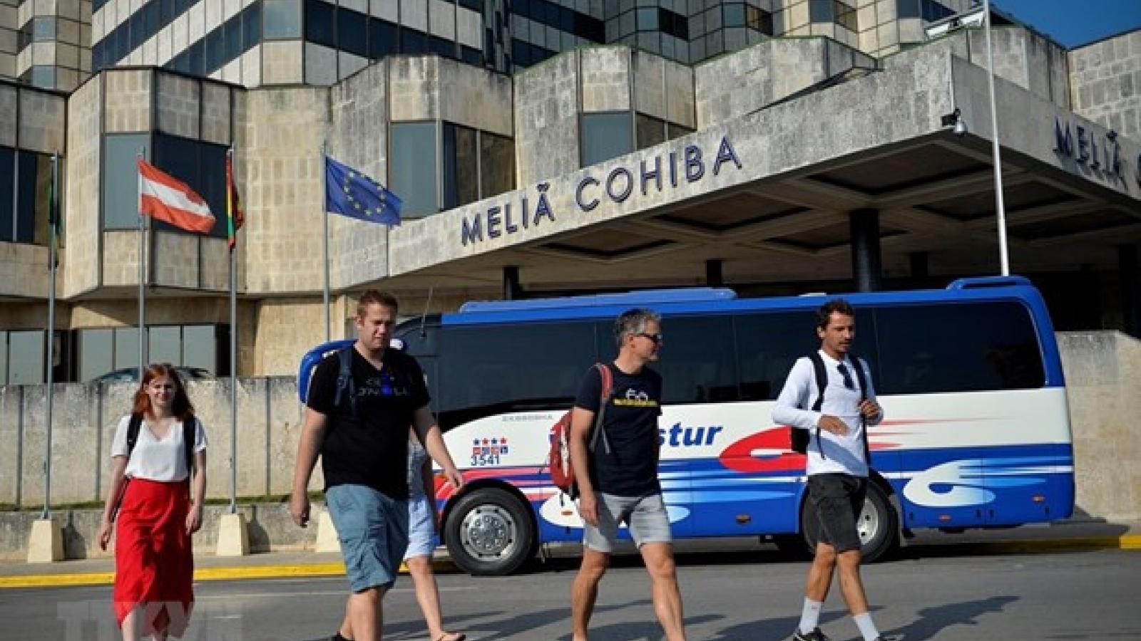 Mỹ đình chỉ dịch vụ bay thuê chuyến tư nhân tới các sân bay ở Cuba