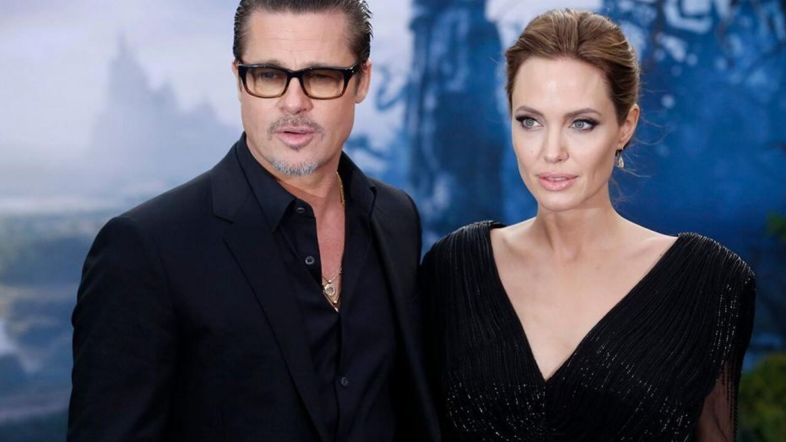 Angelina Jolie làm khó Brad Pitt để giành hoàn toàn quyền nuôi con
