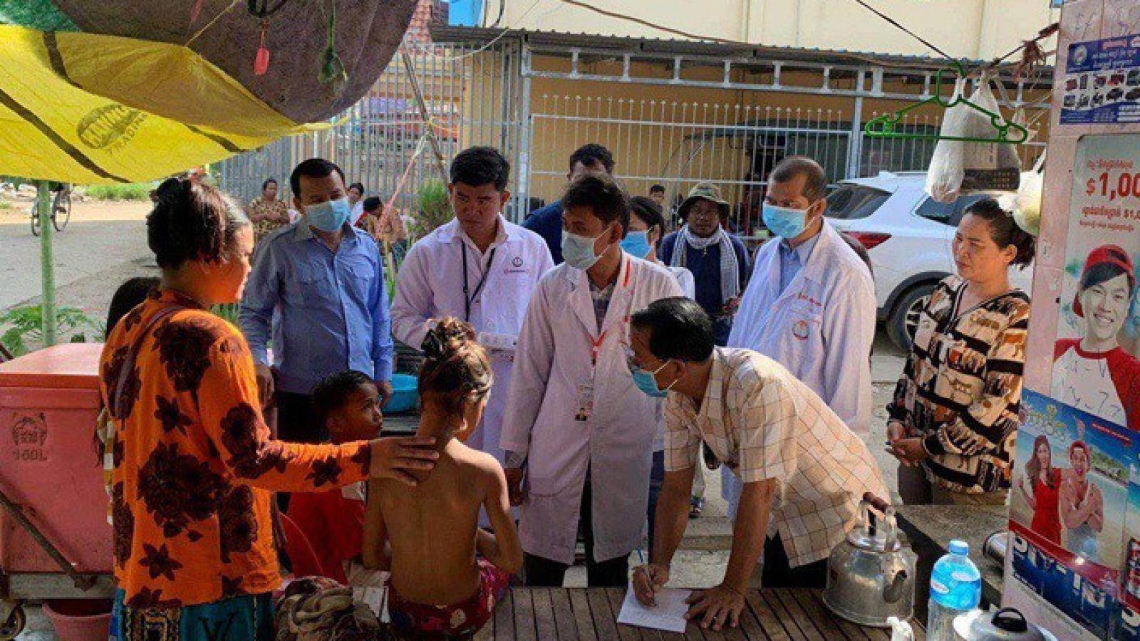 Campuchia bùng phát dịch bệnh lạ