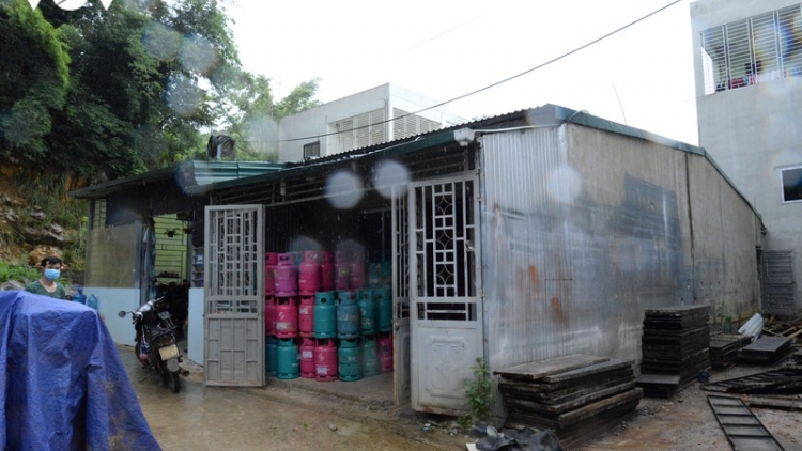Sơn La phát hiện cơ sở bảo quản gas vượt quá sức chứa gấp gần 3 lần