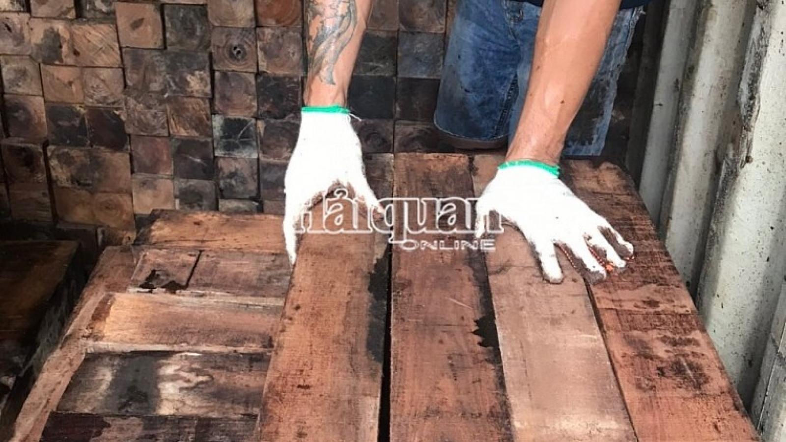 Khám xét 60 container gỗ quý nhập lậu, ước trị giá khoảng 20 tỷ đồng