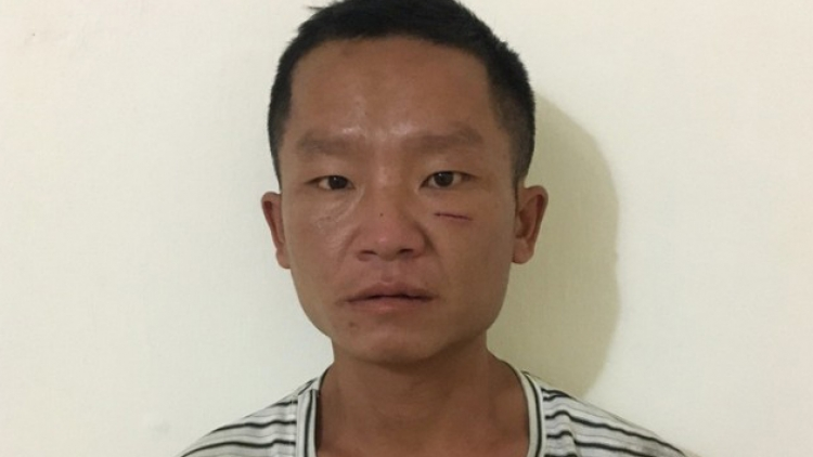 Tạm giữ đối tượng hiếp dâm cháu bé 5 tuổi ở Bắc Giang