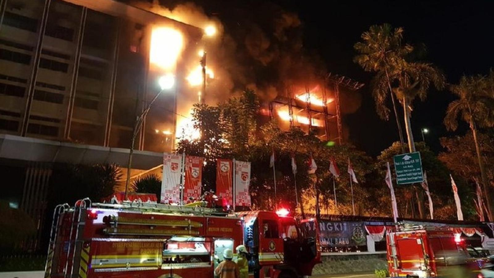 Hỏa hoạn nghiêm trọng tại tòa nhà di sản Tổng chưởng lý Indonesia