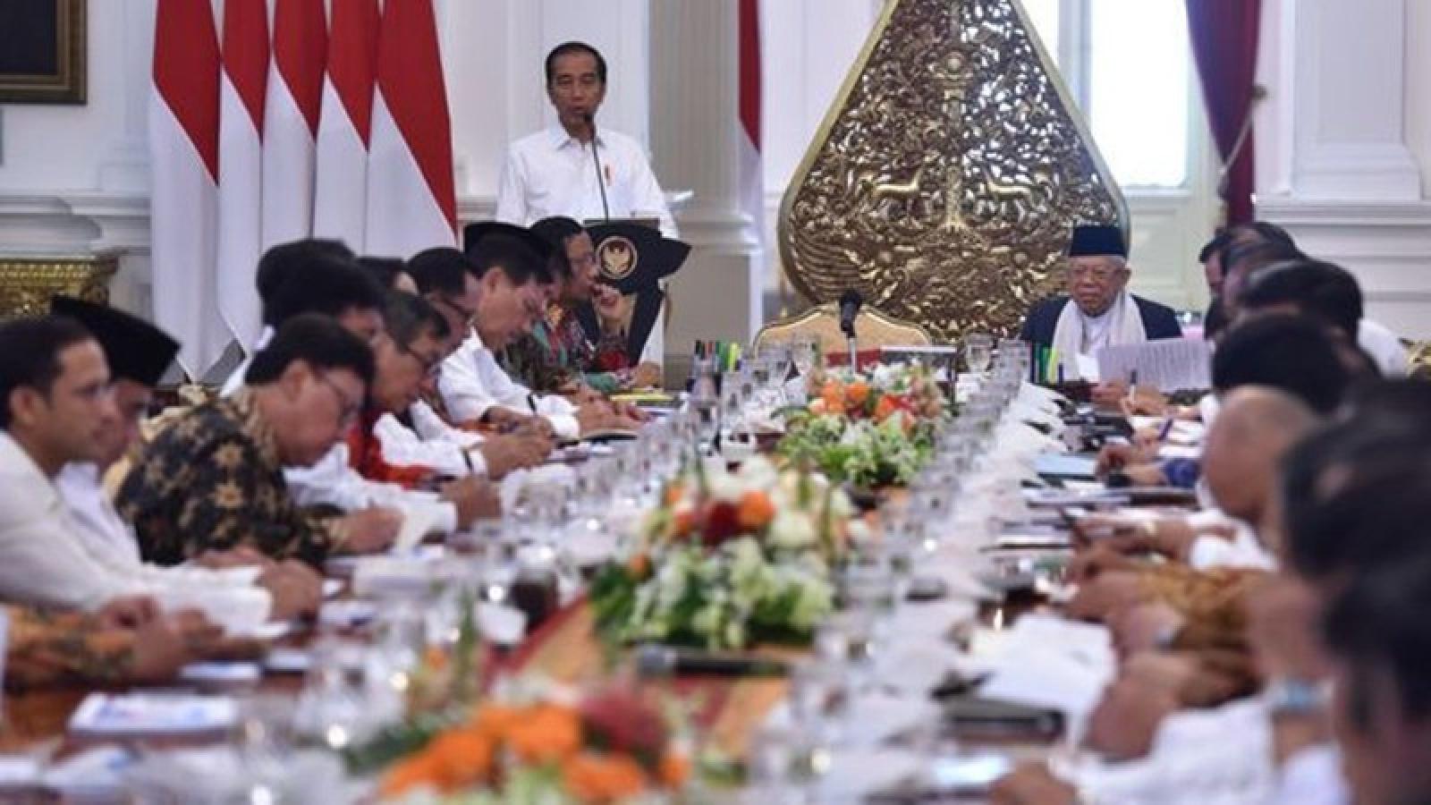 Tổng thống Indonesia yêu cầu các bộ trưởng không phát ngôn tùy tiện về Covid-19