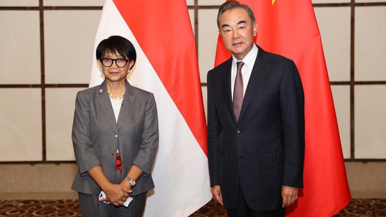 Ngoại trưởng Indonesia kêu gọi Trung Quốc tuân thủ luật pháp về Biển Đông