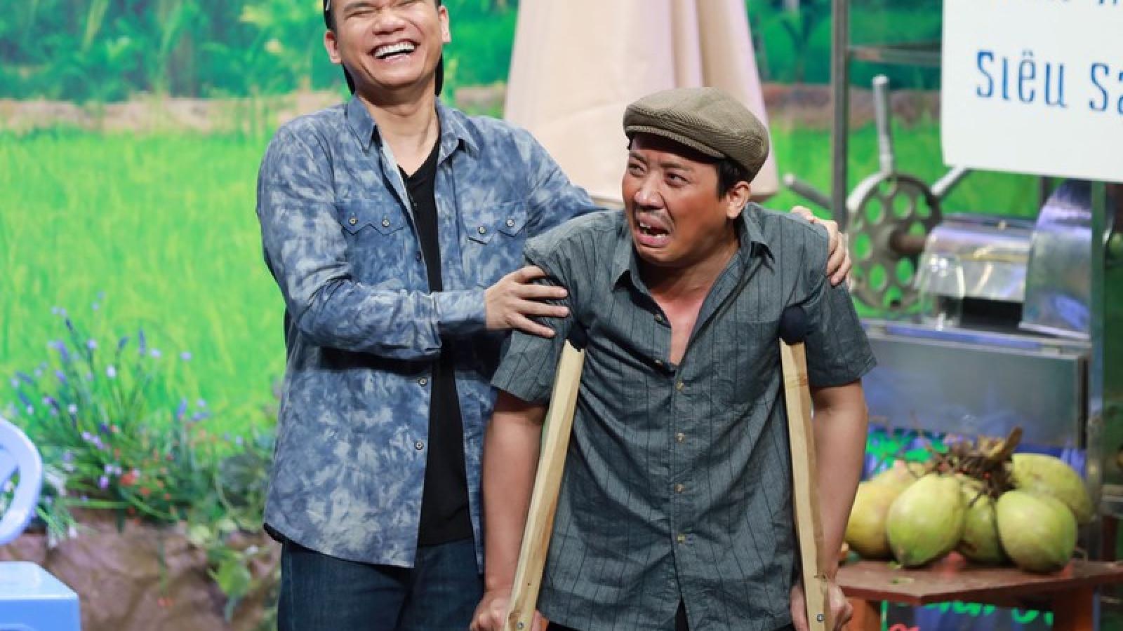 """Trấn Thành """"đứng hình"""" khi bị Khắc Việt nói là """"hâm"""" trên sóng truyền hình"""