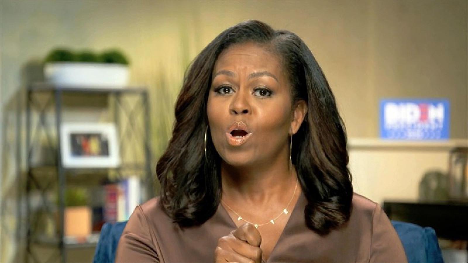 Bà Michelle Obama chỉ trích ông Trump, kêu gọi dân Mỹ bầu cho ông Biden