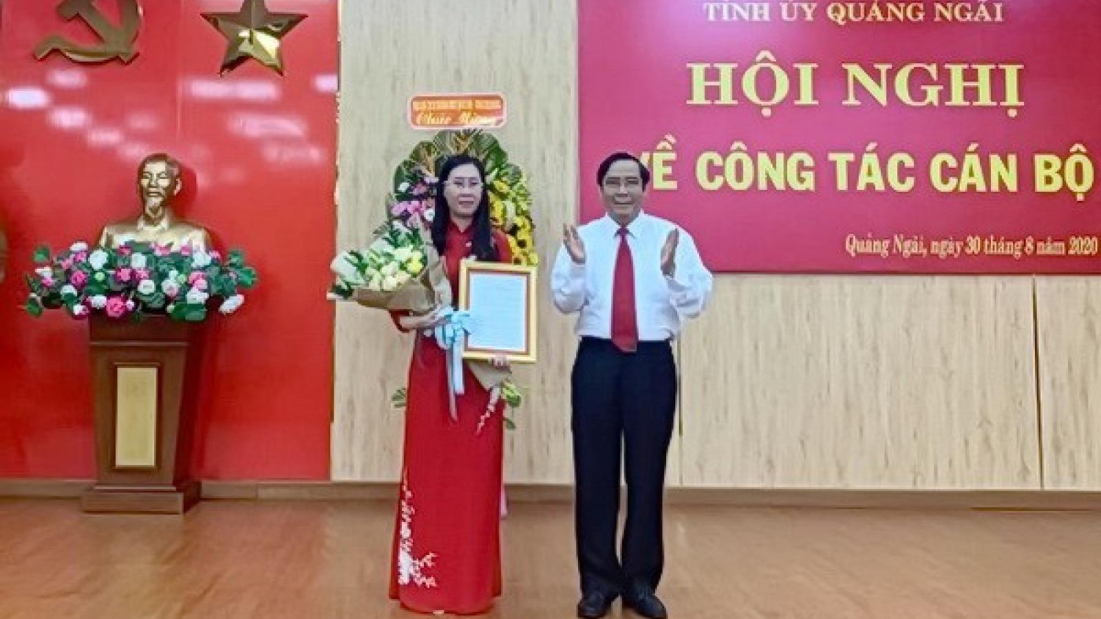 Công bố Quyết định chuẩn y bà Bùi Thị Quỳnh Vân làm Bí thư Quảng Ngãi