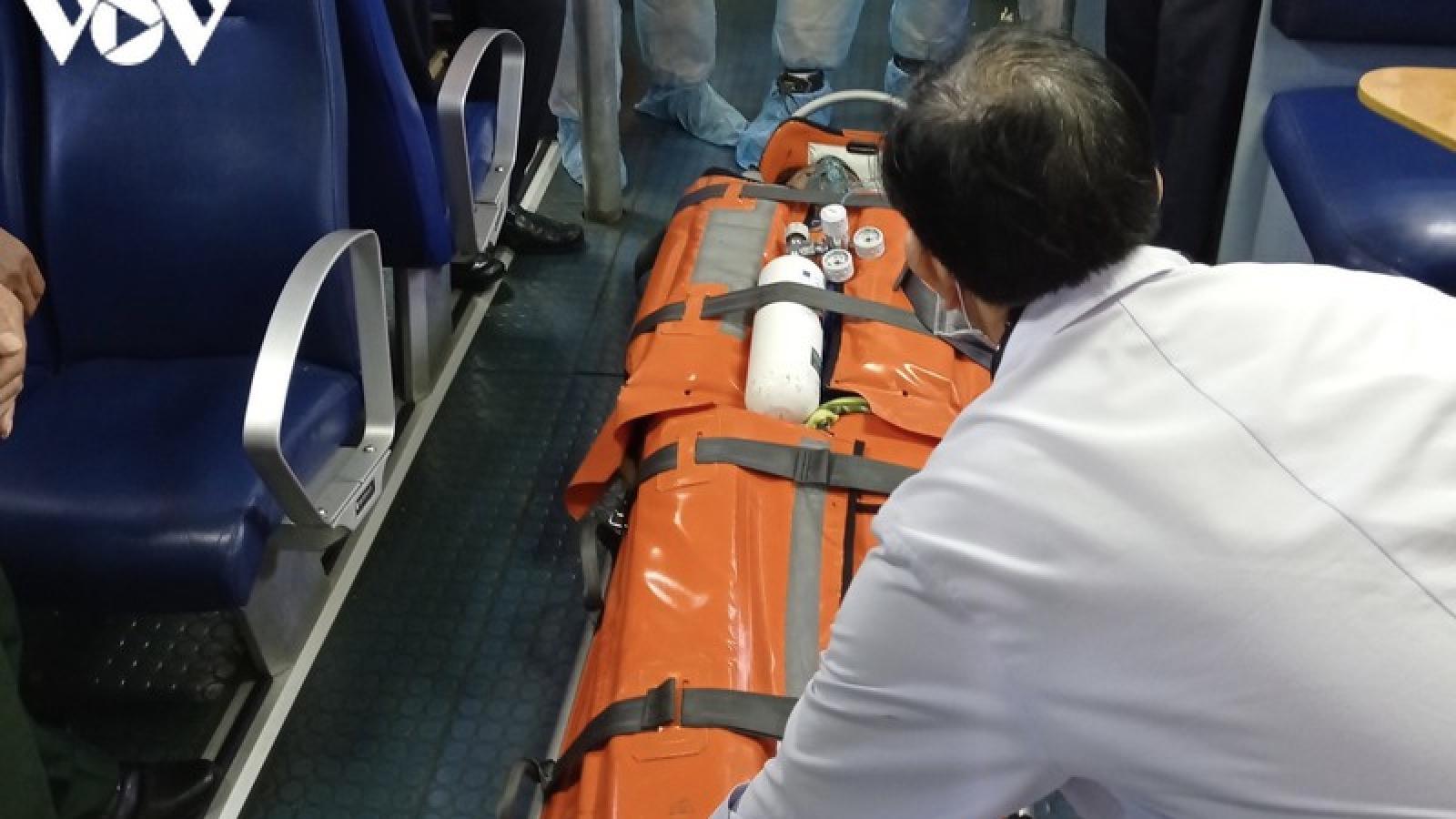 Cứu sống thuyền viên tàu cá bị tai nạn lao động trên biển Vũng Tàu