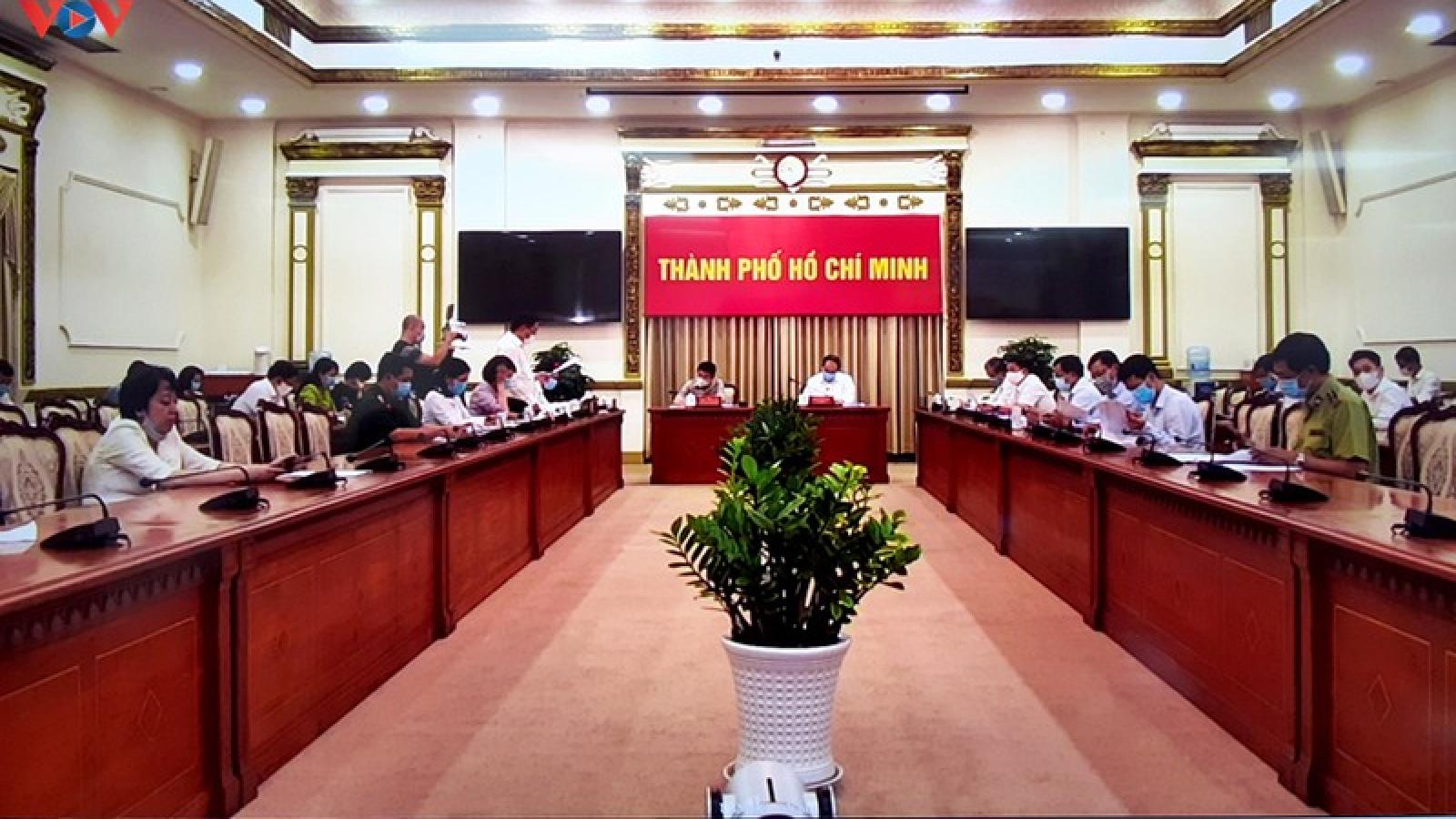 TP.HCM phê bình các quận, huyện lơ là trong công tác phòng chống dịch