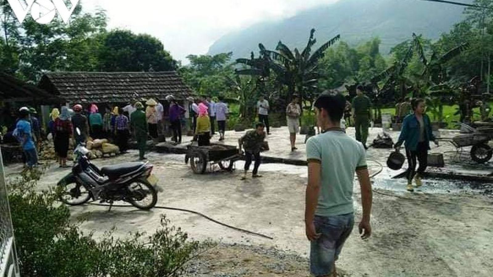 Sau vụ cháy nhà, phát hiện xác chết dưới ao ở Yên Bái