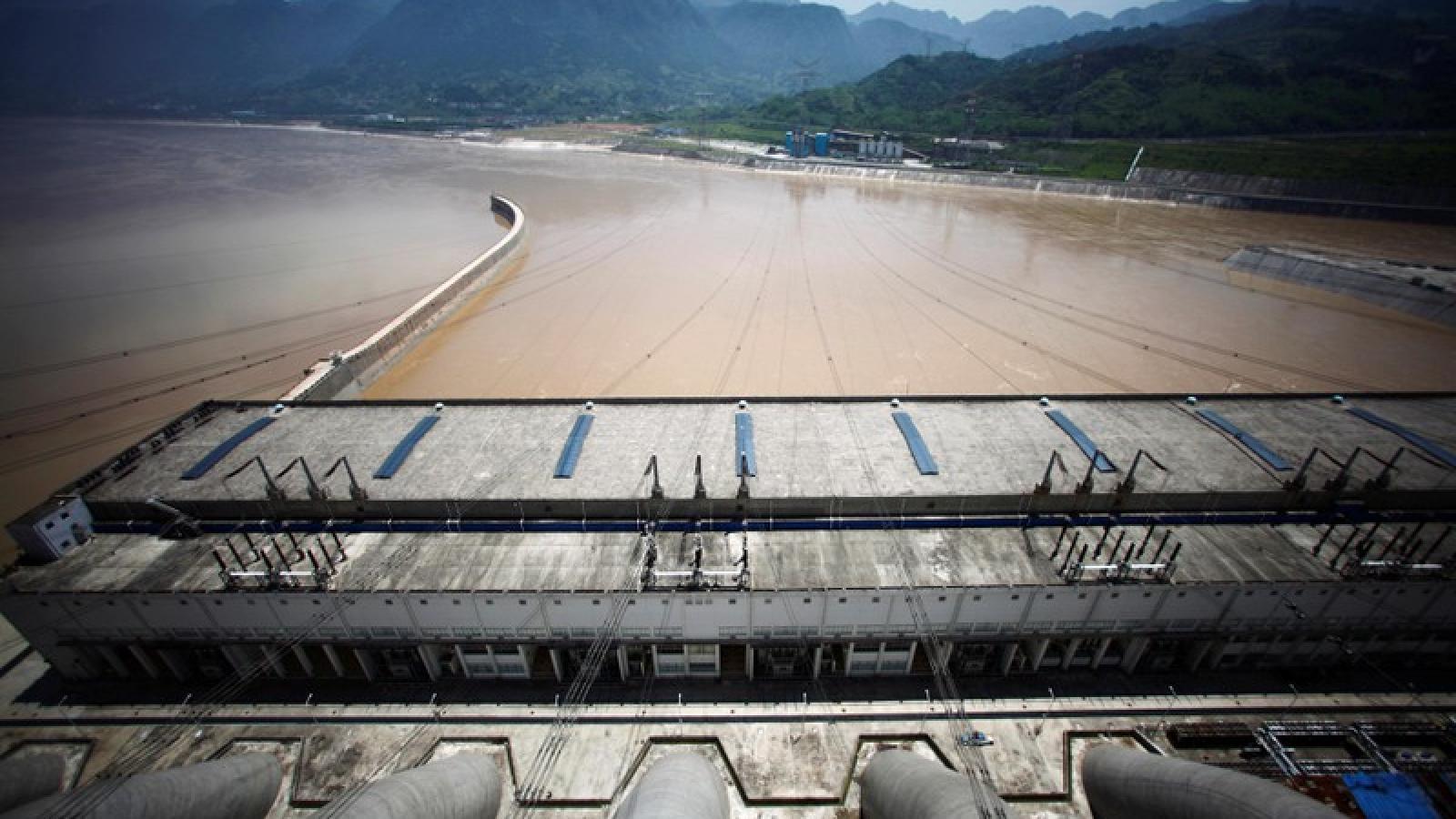 Trận lũ số 5 đang hình thành trên sông Trường Giang (Trung Quốc)