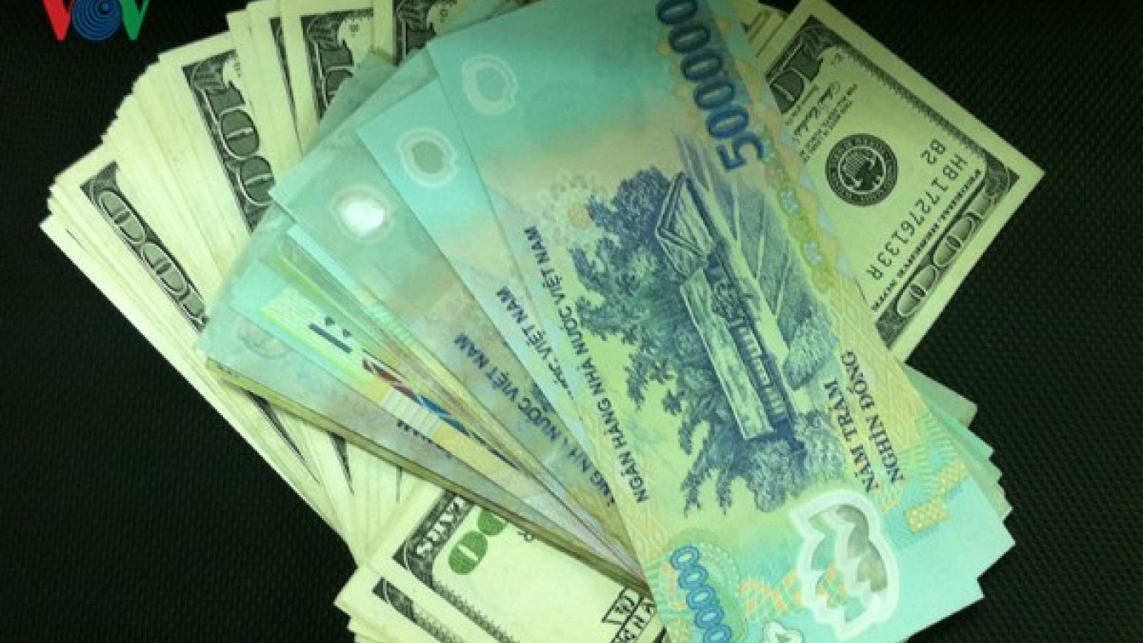 Giá bán ngoại tệ tiếp tục ổn định trong ngày đầu tháng