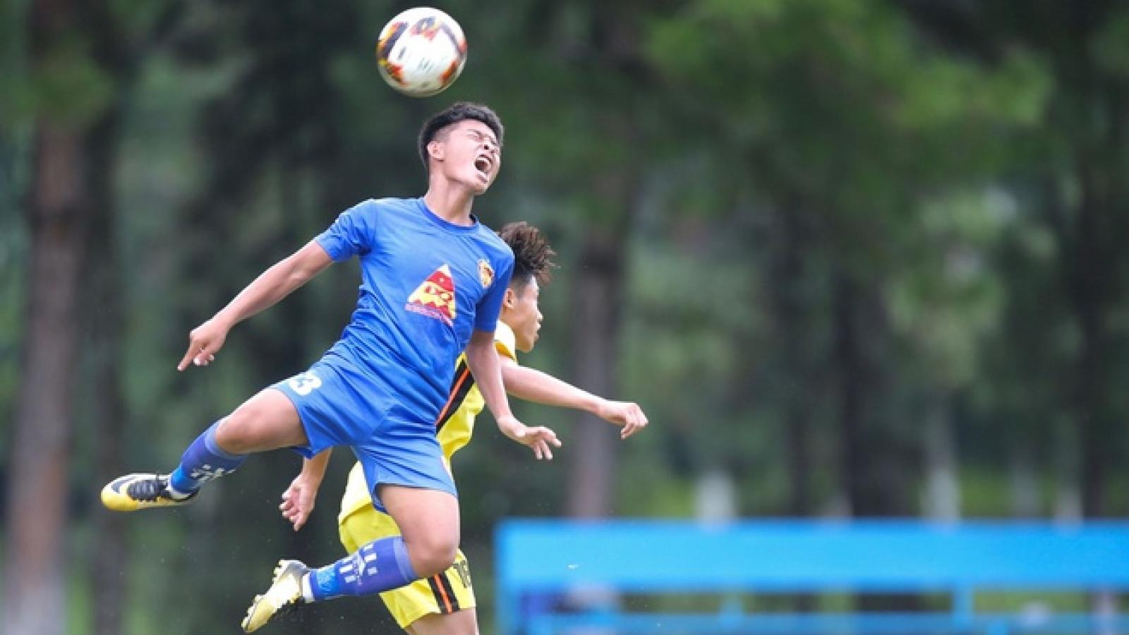 Từ ngày 2/8, mọi hoạt động bóng đá ở Việt Nam sẽ tạm dừng vì Covid-19