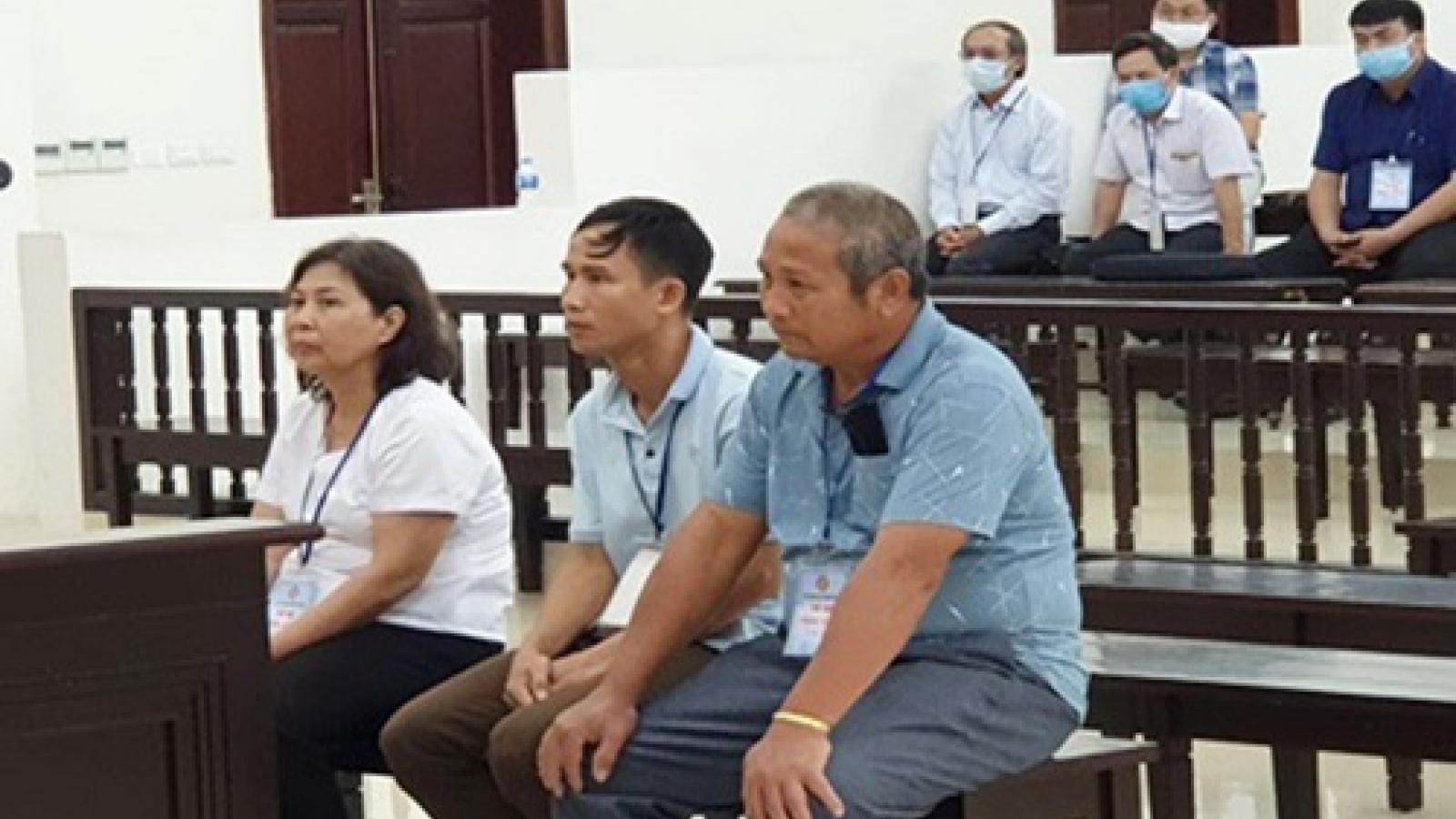 3 cựu cán bộ huyện Ba Vì lĩnh án tù vì cấp sai sổ đỏ