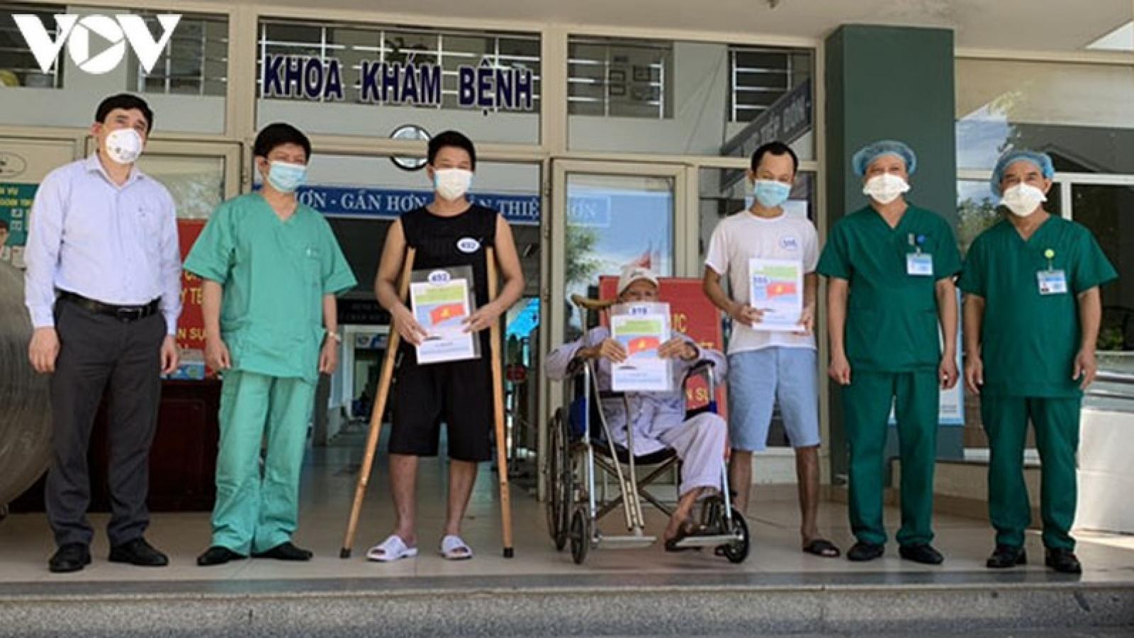 Đà Nẵng có thêm 9 bệnh nhân điều trị khỏi Covid-19 được xuất viện