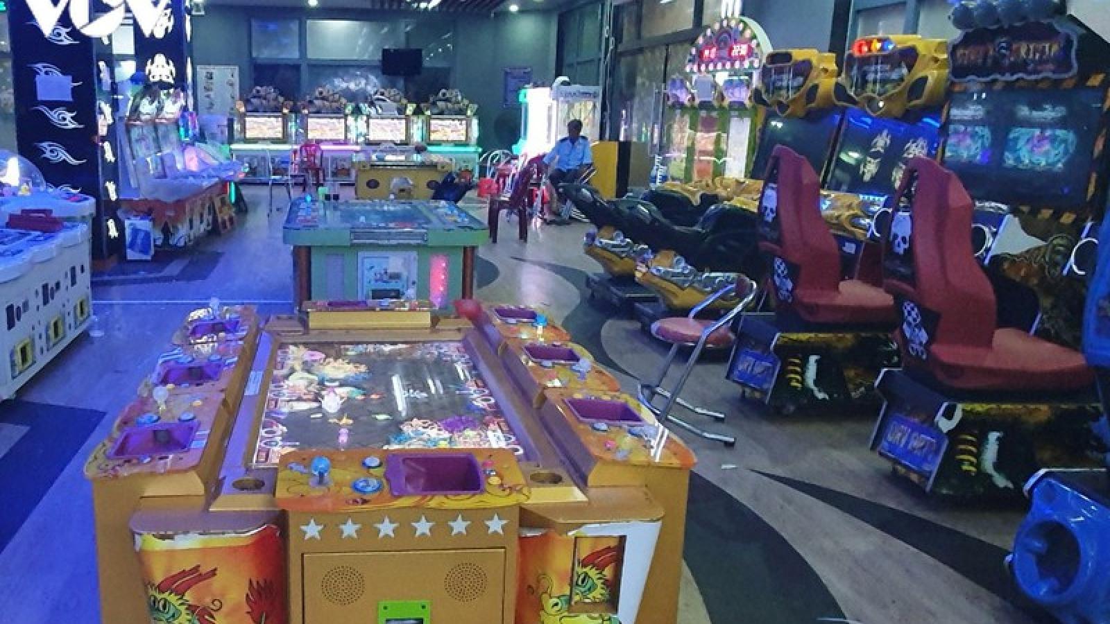 57 người tại tụ điểm cờ bạc núp bóng game điện tử bị tạm giữ