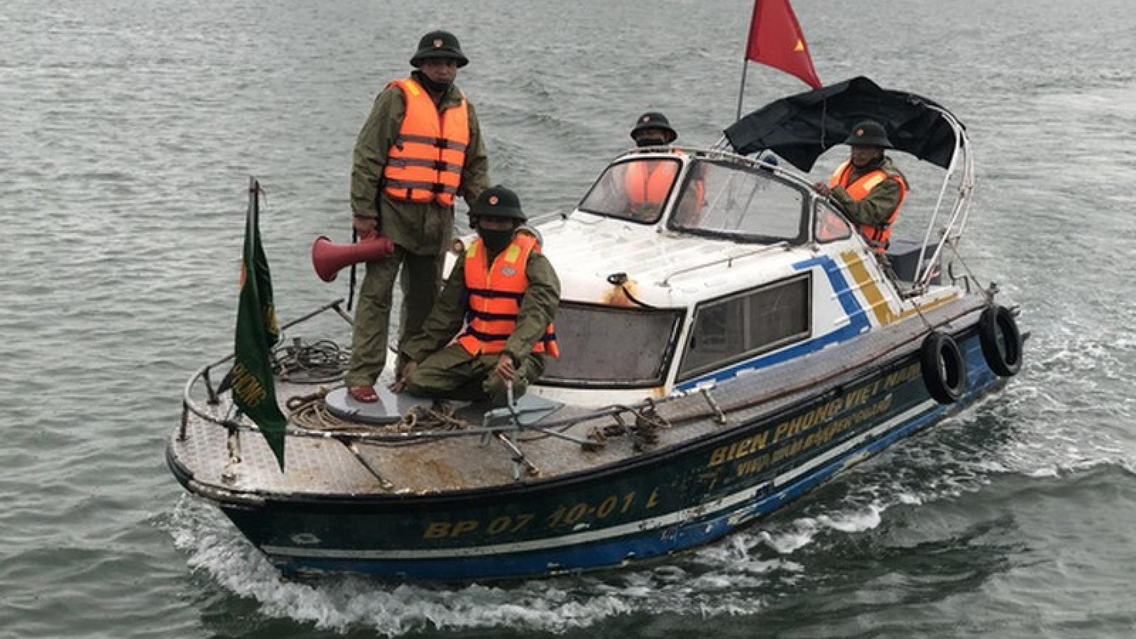 Miền Trung kêu gọi tàu thuyền vào bờ tránh trú bão