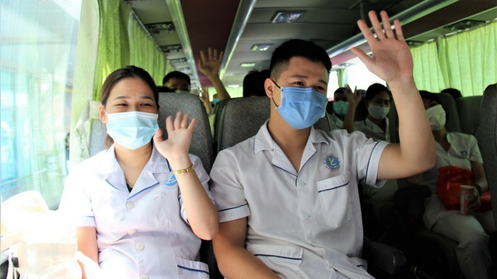 Quảng Nam đón tiếp 38 y, bác sĩ của tỉnh Phú Thọ chi viện chống dịch