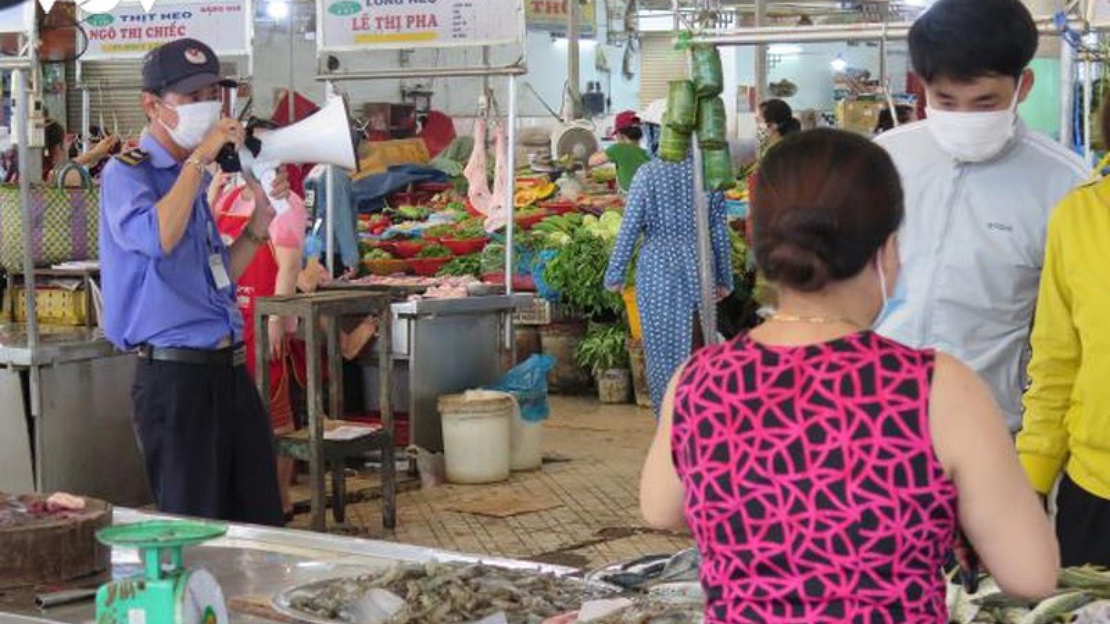 Đà Nẵng tăng cường kiểm soát tại các chợ để phòng dịch