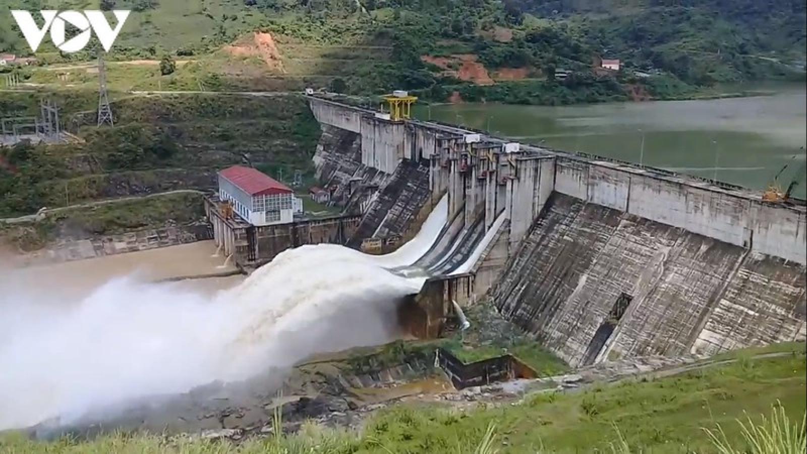Báo động lũ trên sông Chảy, nguy cơ ngập lụt
