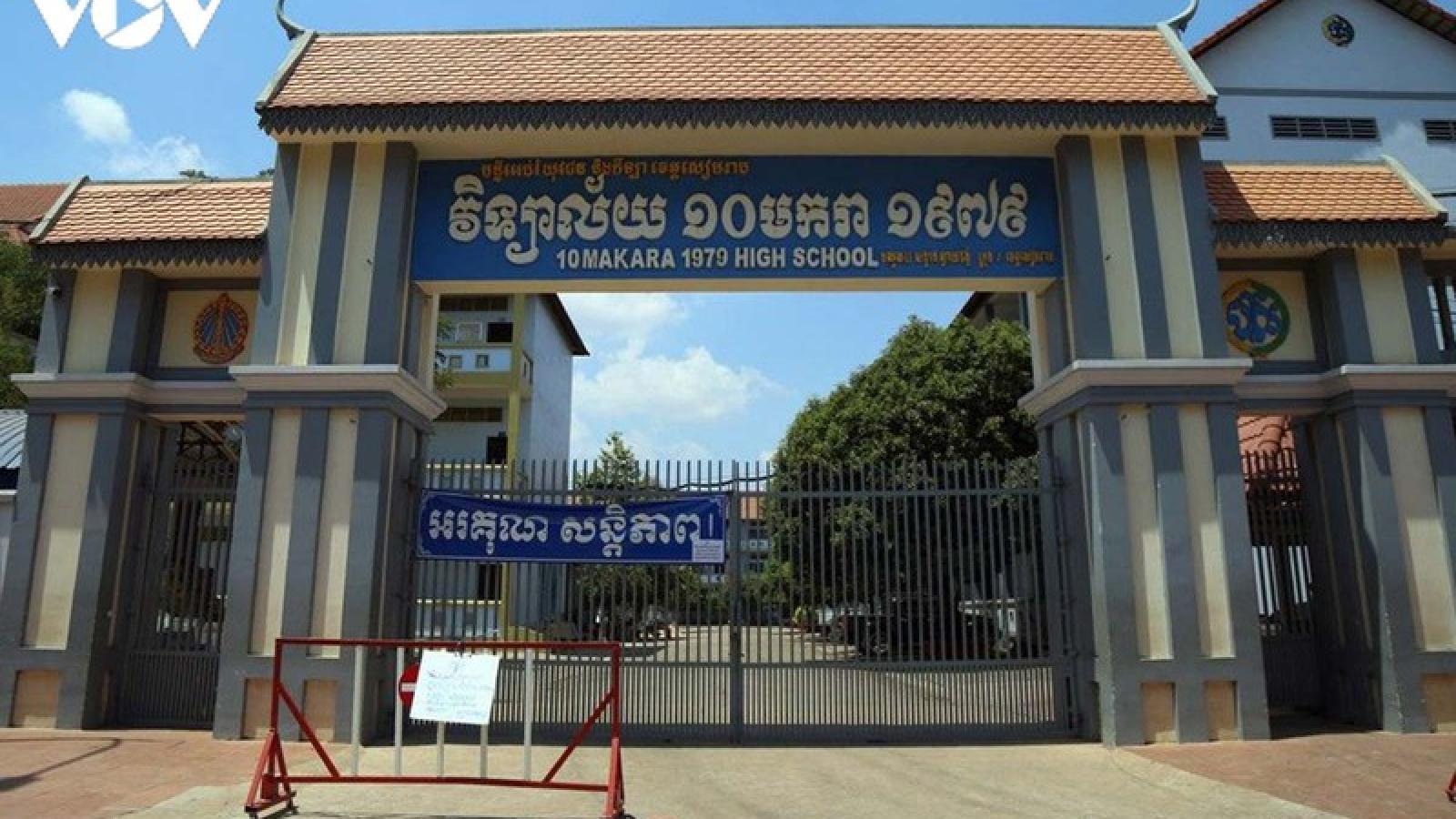 Campuchia cho phép trường học mở cửa trở lại đối với học sinh lớp 9 và lớp 12