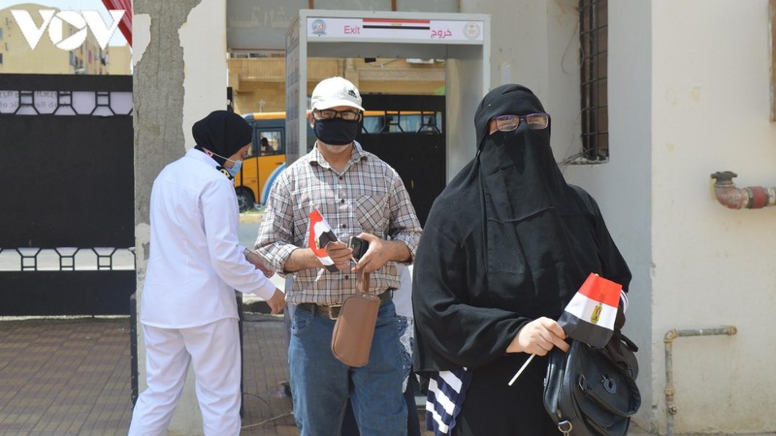 Ai Cập kết thúc bầu cử thượng viện